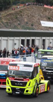 Le lycée au Grand Prix camions de Charade